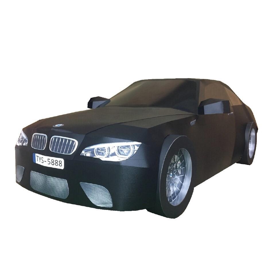 BMW-M2黑色轎車一台